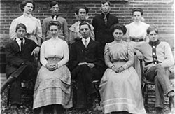 Burton High School 1909 Junior Class Photo.
