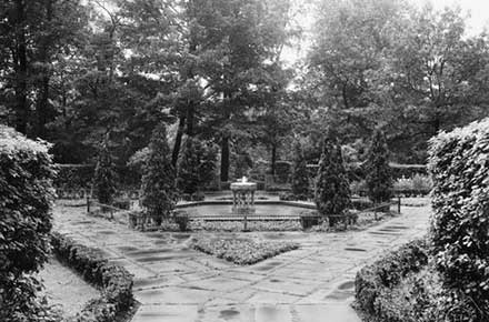 A View of the Greek Cultural Garden