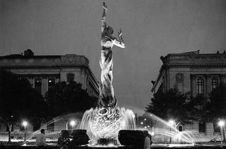 War Memorial Fountain at night, 1964.
