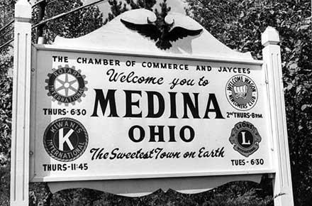Welcome to Medina, Ohio sign, 1965