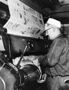 A Pressman working at the Cleveland Press